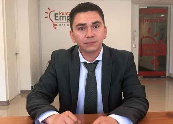 Victor Segovia emprendedor del mes